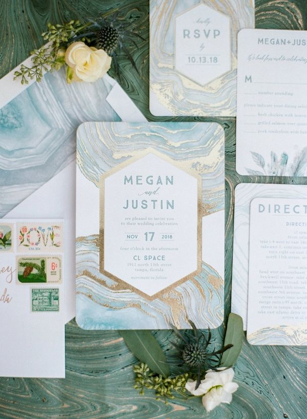 Sea foam green and gold geometric inspired wedding | Emily Katharine Photography on @eld_lauren via @aislesociety