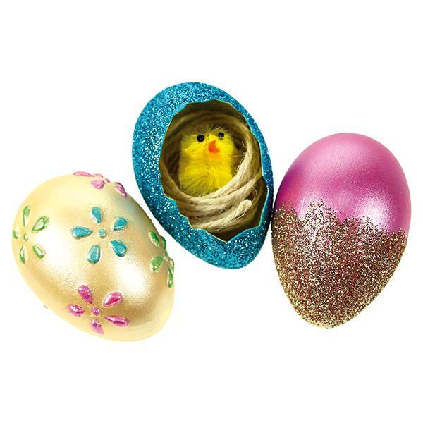 Inka Goldin ja kimallejauheiden avulla koristeltuja munia.