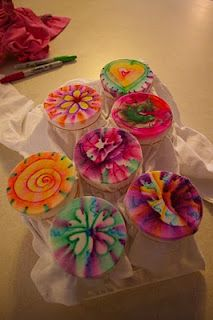 Sharpie Tie Dye - used this method at daycamp last week! Easy and not messy like dye! Sharpies come in dozens of colors! Just spray with rubbing alcohol!