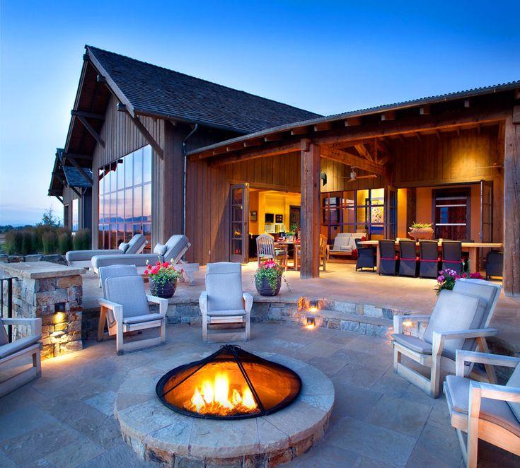 stock-farm-residence-a-modern-farmhouse-by-locati-architects-4.jpg 975×878 pixels