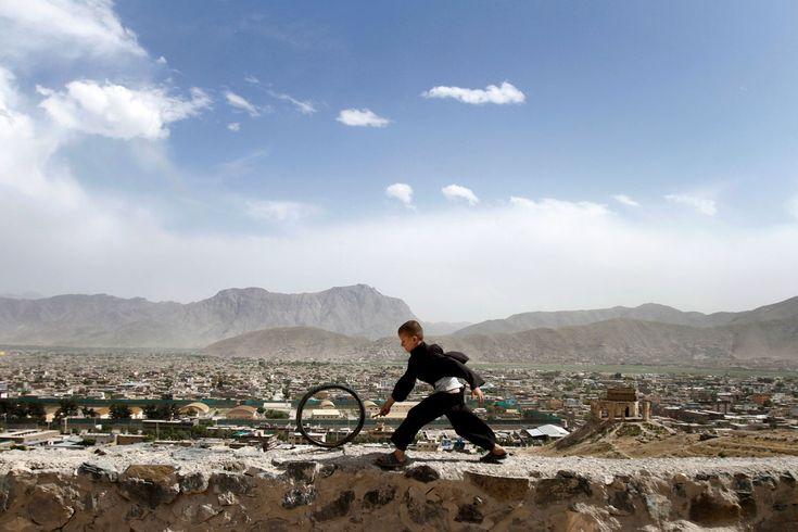 El niño, la llanta y Kabul