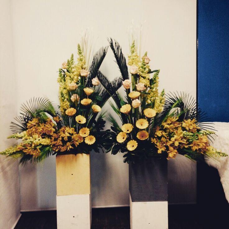 1000 Ideas About Church Wedding Flowers On Pinterest: 1000+ Images About Church Decoration On Pinterest