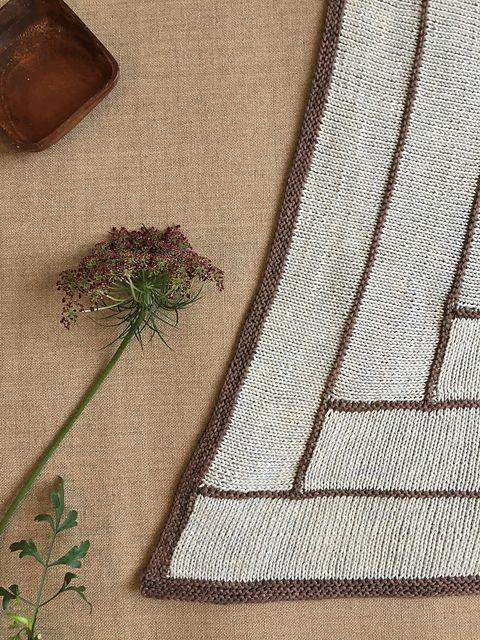 Walking Blocks designed by Sara Delaney for Kokon cotton silk DK. Available on Ravelry