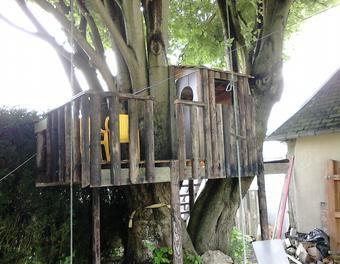 55 best cabanes pour enfants images on pinterest tentes pour enfants et chambre enfant - Cabane dans les arbres pour enfants ...