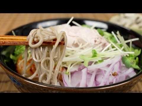 ▶ Cold Pork Soba Noodles 豚しゃぶ冷やしそば - YouTube