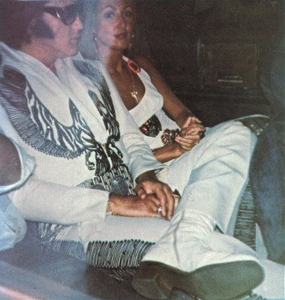 39 years ago today Elvis was photographed sitting in the back of a limo with Linda Thompson in Cleveland, OH, July 10, 1975