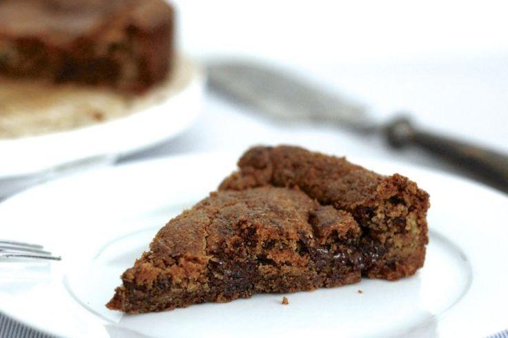Sinner Sunday: Chocolat Chip Cookie Cake. Mmm, van deze goddelijke cake kun je niet afblijven #sinner #zoet #chocolatechip