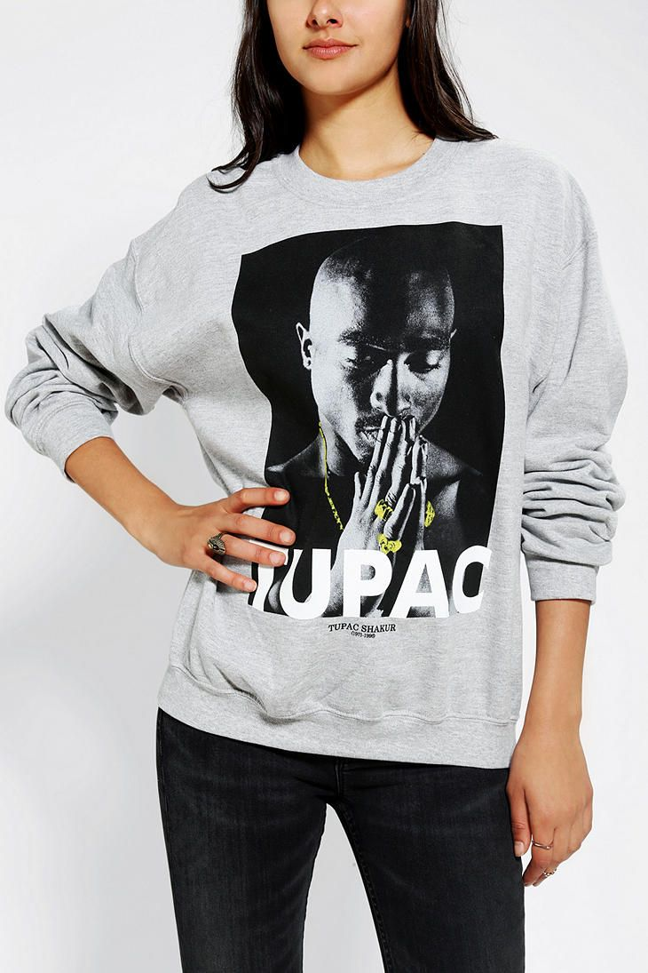 Tupac nose piercing  Erica Perez ericastheshit on Pinterest