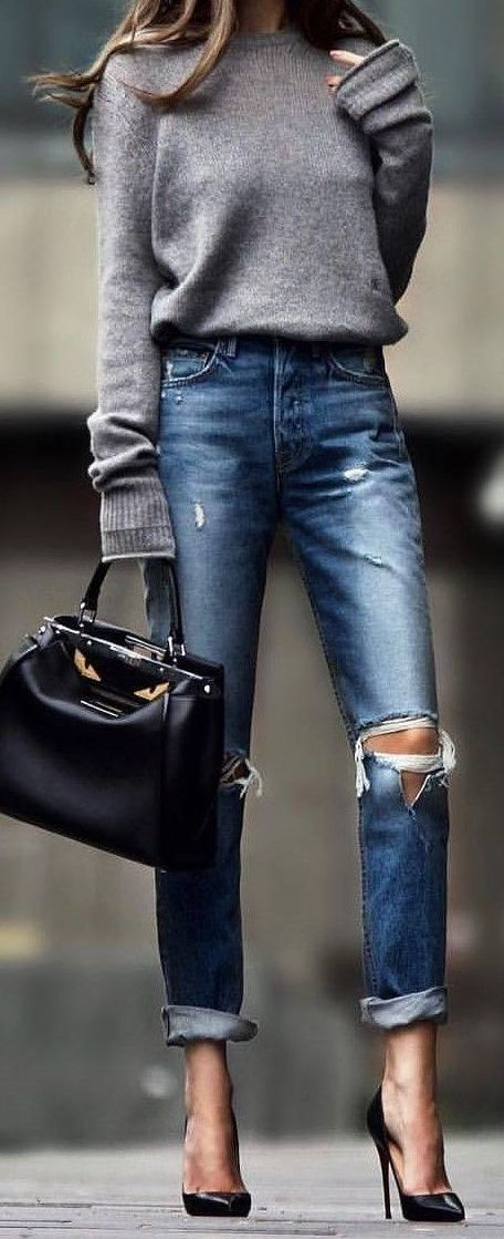 Great Grey Big Oversized Sweater Outfit. I want an oversized sweater that's not too …