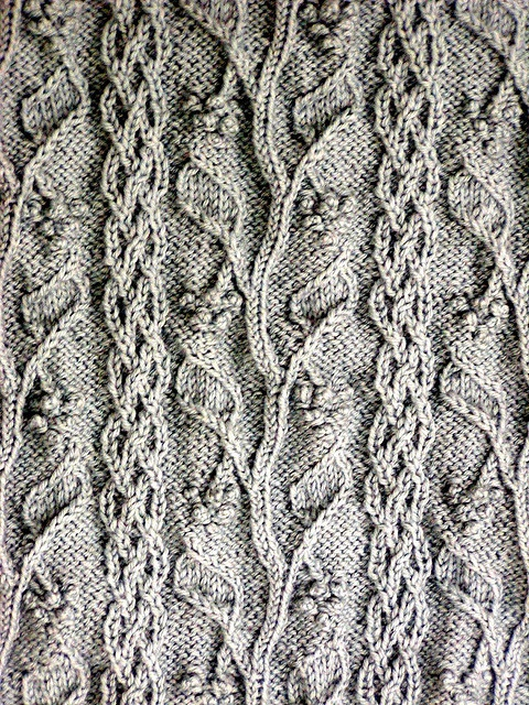 pattern 'Grapevine' by Alice Starmore cardigan Lion Brand Wool-Ease Sportweight