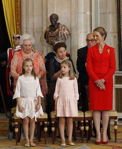 Juan Carlos I sanciona la ley de abdicación de la Corona en el Palacio Real - RTVE.es