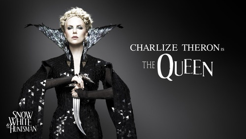Charlize Theron as THE QUEEN! Snowhite and the Huntsmen. Amazing.