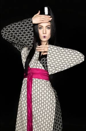 Worn with a pair of sneakers or some glamorous high heels, during the day time or at an event, either one of the pieces from NITA SAO's KiMono collection can be your best friend. Monochromatic, using only black & white patterned fabrics and a one color waistband. Easy to wear and match! #millinery #fashion #designer #HouseOfNITASAO