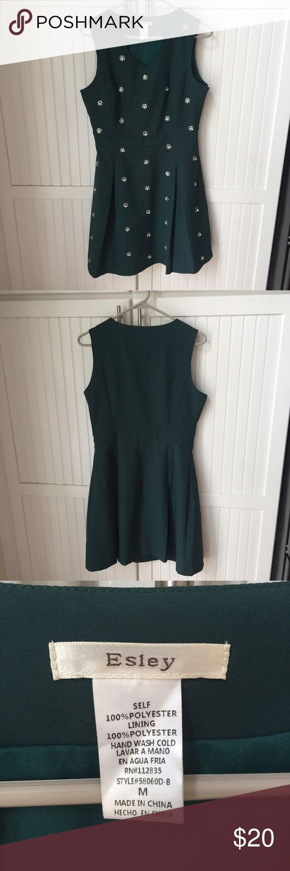Modcloth Emerald gem skater dress Comfortable skater dress from Modcloth / only worn once! In brand new condition / feel free to ask questions or make an offer 😊 Modcloth Dresses