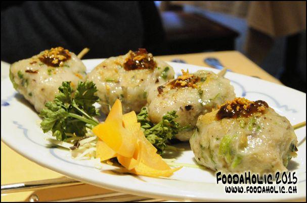 Brochettes de seiche hachée / Minced squid skewers / www.foodaholic.ch