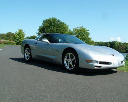Corvette Coupe Chevrolet usa - http://autotras.com