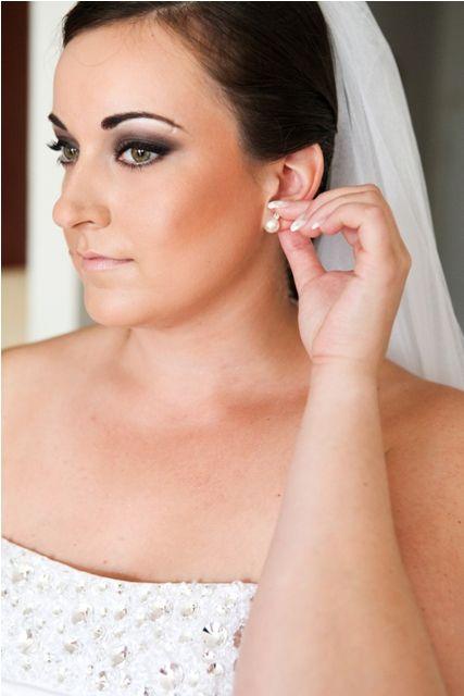 smoky wedding makeup