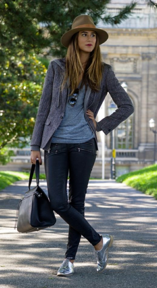 Cute and casual! love the silver oxford shoes.