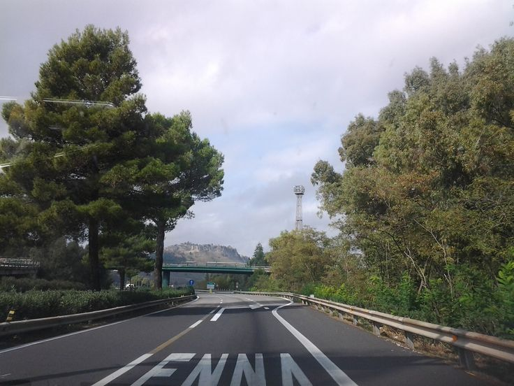 The drive into Enna, Sicily.