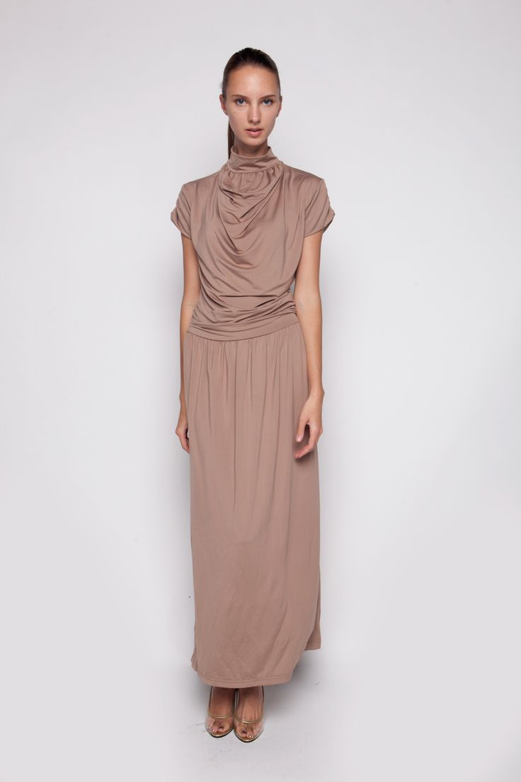 Turtle Neck Maxi Dress Creme