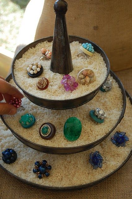 Display for rings - interesting! Use rice in tiered server!  Great idea for my Silpada business!: