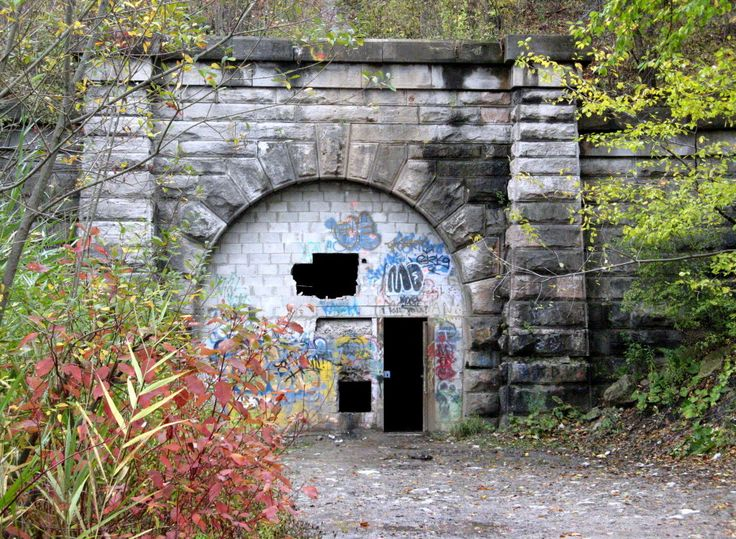 Legend Tripping at the Blue Ghost Tunnel in St. Catharines, Ontario. See link for story and pics. #abandoned #urbex #railway