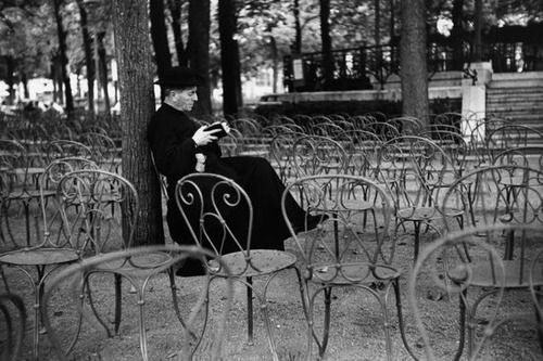 Paris 1954  Photo: Marc Riboud