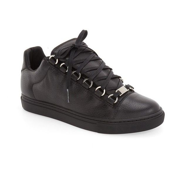 Women's Balenciaga Low Top Sneaker ($495) ❤ liked on Polyvore featuring shoes, sneakers, black leather, low profile sneakers, low top, black leather shoes, leather shoes and black shoes