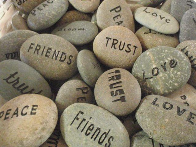 Bildergebnis für stones for friends