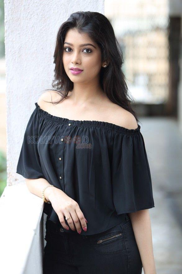 Actress Digangana Suryavanshi See more photos at http://www.kollywoodzone.com/cat-digangana-suryavanshi-9667.htm   #DiganganaSuryavanshi #Actress #Beautiful #Bollywood