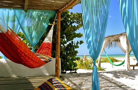 #MEXICO. Hotel Casa Sandra en Holbox, Quintana Roo | Guia Turistica y Comercial + De Pueblo en Pueblo