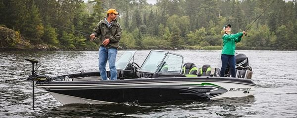 One of the more interesting and attractive model is the new 2014 Larson FX 2020 Dual Console Boats. As I wrote in the title, this fish has a dual console boats makes it different from the others. In addition, it raises engine Max. Horsepower 250 hp,