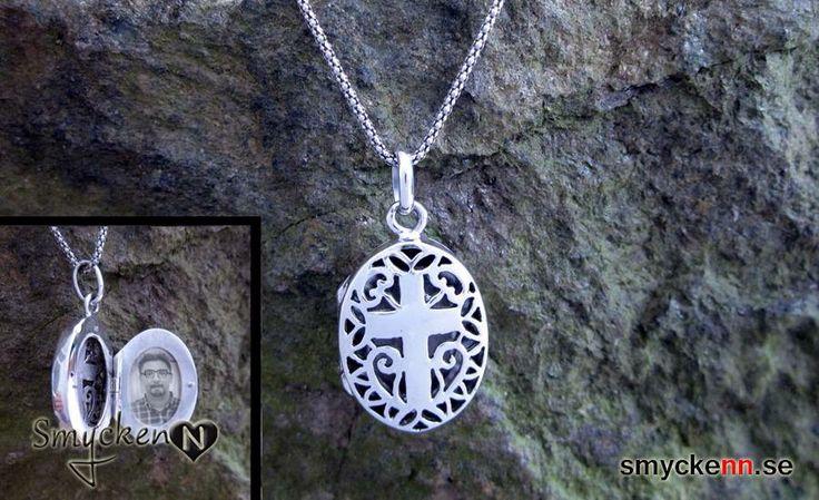 Kors halsband i sterling silver, öppningsbar berlock