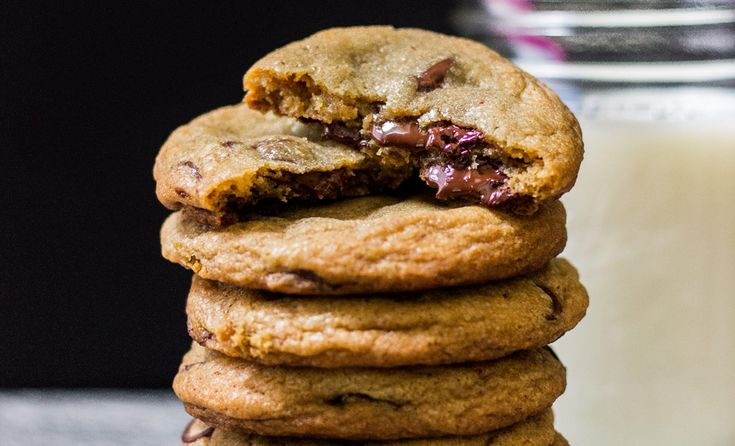 Our Favorite Chocolate Chip Cookies | Recipes | NoshOn.It