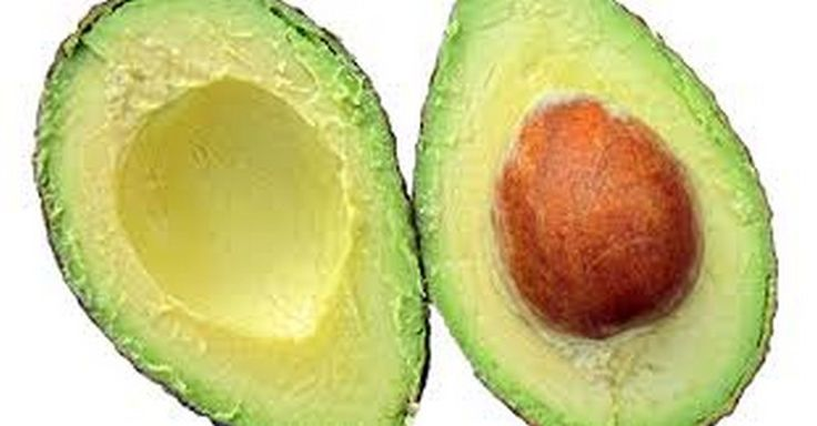Vědci zjistili, že avokádo je slibný lék na leukémii. Jak ho správně konzumovat?