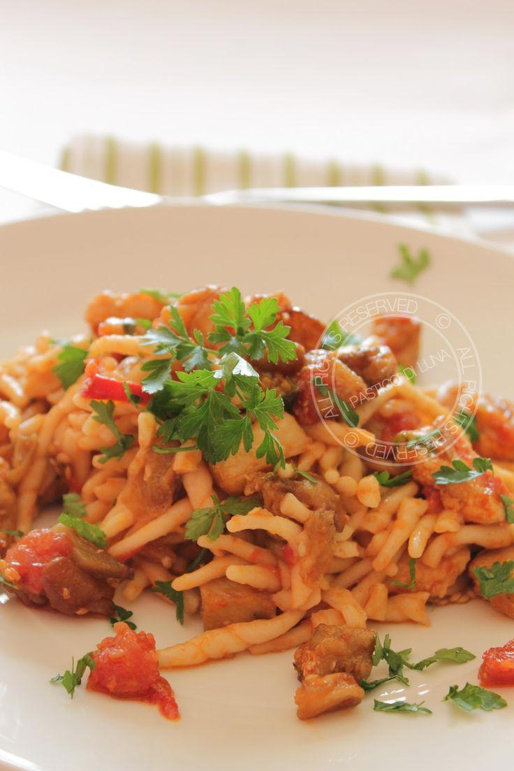 I Pasticci di Luna: Ricetta Pasta alla siciliana con pesce spada e melanzane