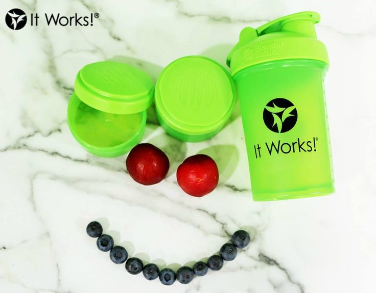Snacks make us smile! Especially when they're healthy and fit perfectly in our It Works! Blender Bottle compartments ! What are you snacking on this afternoon ? #Nutrition