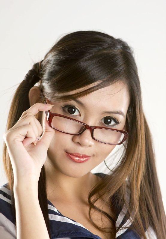 17 Best Images About Pretty Girls With Glasses On