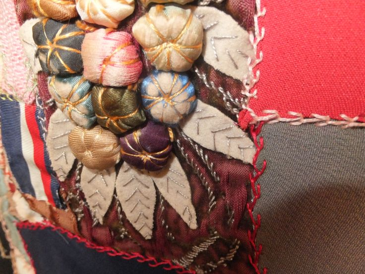 3-D Victorian style! Late Victorian silk & embroidered crazy patchwork quilt