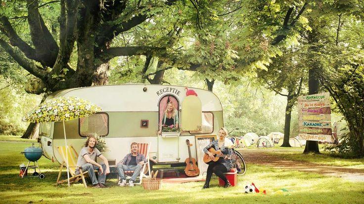 Ben je een kampeerfanaat, en heb je door het zomerse weer de vakantiekriebels al goed te pakken? Bekijk dan snel de top 5 van 'het Nieuwe Kamperen' die de Nieuwe Draai heeft samengesteld!