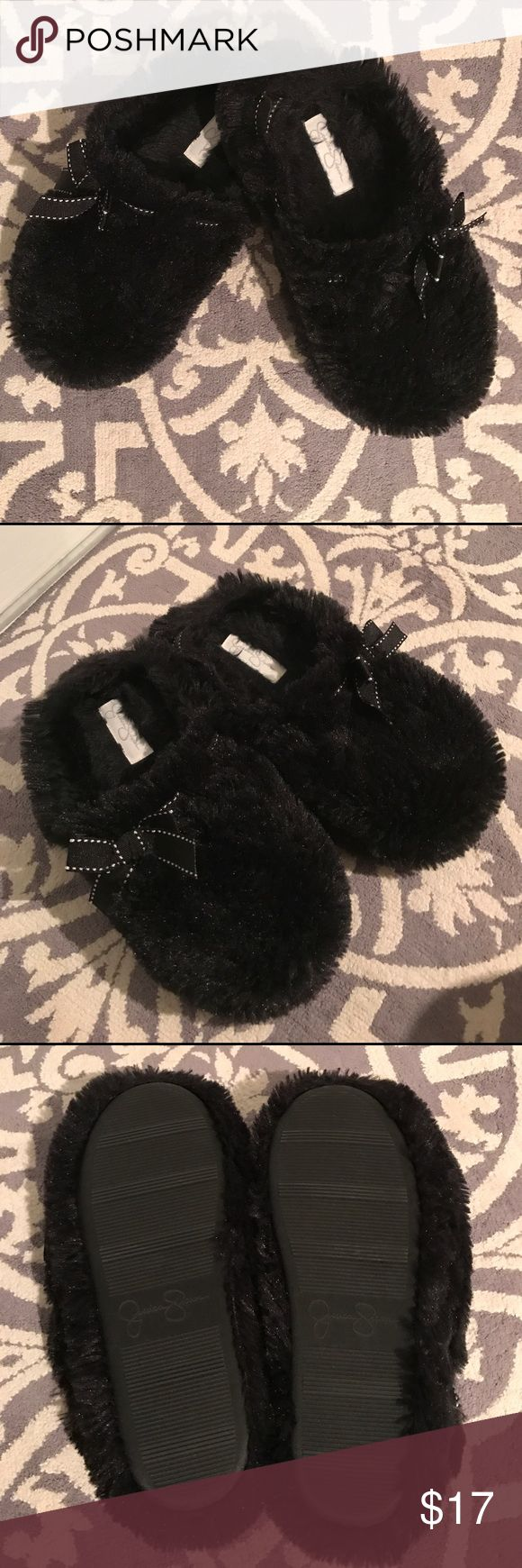 Jessica Simpson✨Fuzzy Slippers So soft and comfy black slippers. Soles show no wear. Jessica Simpson Shoes Slippers