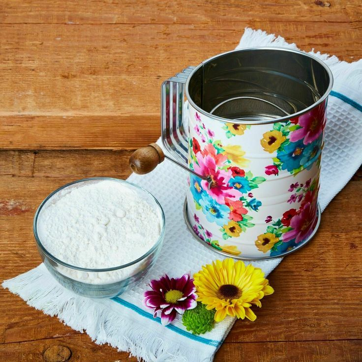 New Pioneer Woman Flour Sifter New Floral Hard To