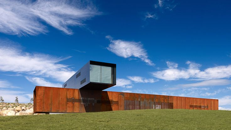 View Hill House by Denton Corker Marshall