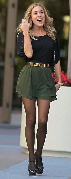 like it except for the belt.. and the facial expression (unfortunate photo)