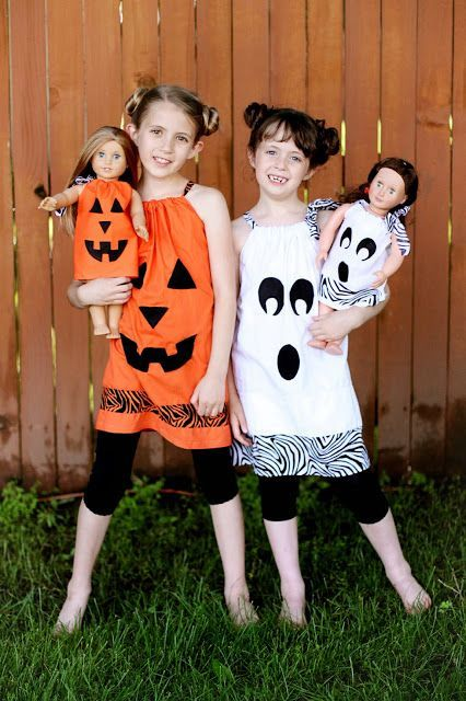 NO SEW!! Tutorial for DIY Halloween Outfits for your American Girl Doll. Cute idea! And there is no sewing involved..so easy!