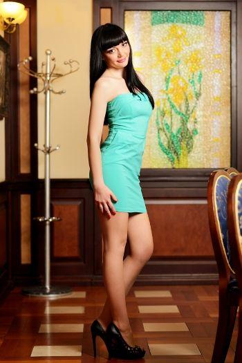 Dating Hot Ukrainian Girls, Sexy Ukraine Brides & Women