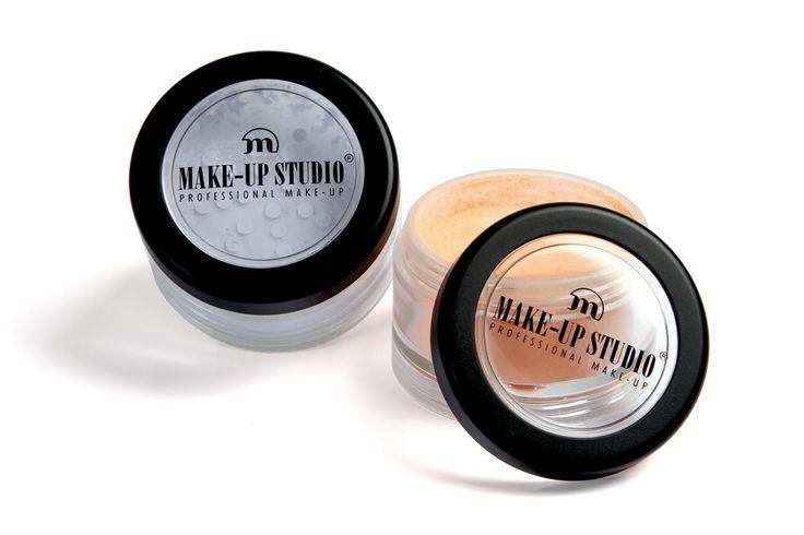 Make-up Studio Neutralizer Powder. Wordt over de foundation aangebracht om kleur te neutraliseren.  Beschikbaar in de kleuren: Lila, Blue, Mint, Apricot en White