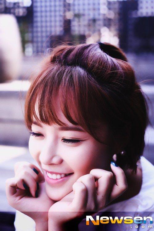korean-talent-kim-young-ok-jessica-barton-and-her-sister-nude