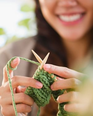 Check out these free knitting patterns that are perfect for beginner knitters.