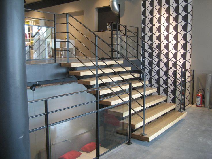 17 beste idee n over metalen trap op pinterest trap ontwerp trappenhuis ontwerp en trap - Metalen trap ...